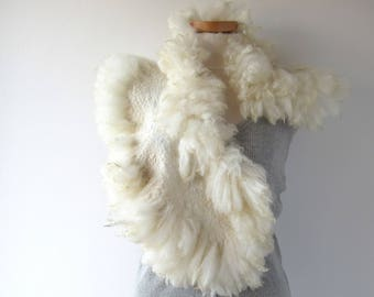 Alpaca Fur scarf Curly Felted collar White felt collar  Alpaca wool collar  Fur scarf  Pure Wool Fleece real fur scarf outdoors gift
