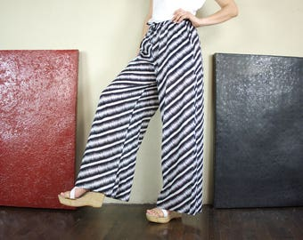 Boho Chic Comfy Black & White Diagonal Stripe Light Cotton Wide Leg Pants With 2 Pockets And Elastic Waist