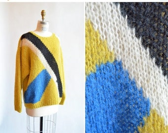 25% off Storewide // Vintage 1980s MOHAIR wool sweater