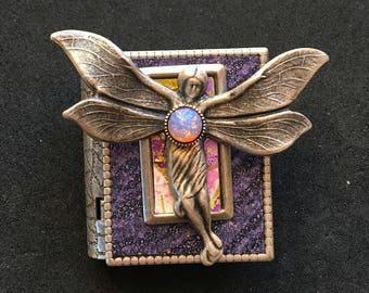 Fairy - miniature book pin