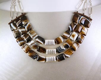 Brown  Lace Agate Statement Bib Necklace.