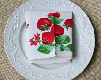 Vintage Strawberry Napkins Red Green Set of 6