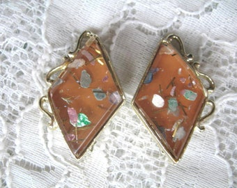 Vintage Earrings ~ Clip On ~ Lucite Confetti