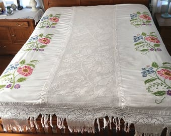 Vintage Embroidered Bedspread, crocheted, cross stitch coverlet, double, full