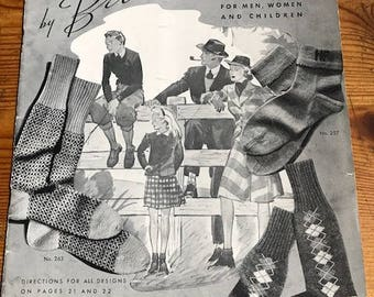 1940 Hand knits by Beehive Mittens Gloves Socks book no. 118