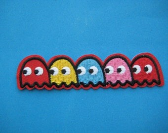 Iron-on embroidered Patch Pac-Man 4.1 inch
