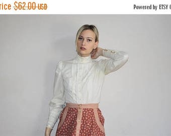 On SALE 45% Off - Vintage 1970s Lace Prarie Folk Hippie Blouse Top - 1970s Peasant Blouses - 70s Clothing - WV0310