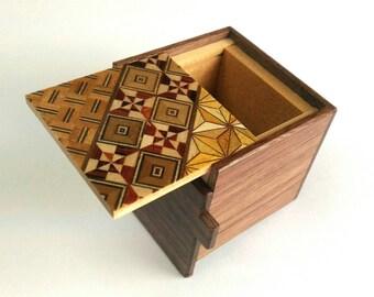 Japanese Puzzle box (Himitsu bako) Kobako 54m (2.1inch) 7 steps Walnut wood