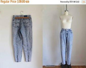 """20% off SALE vintage 1980s Levis jeans - ACID WASH high waist denim pants / 30"""""""