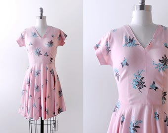 40's pink print dress. S. 1940's linen dress. Black blue floral. pastel. summer.