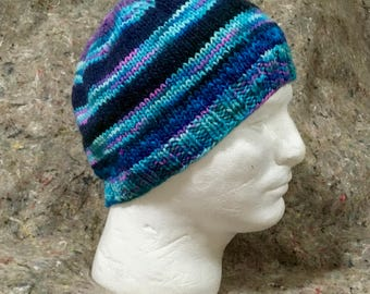 Wool beanie in mostly blue stripes