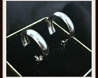 14k WHITE GOLD Hoop EARRINGS Retail 325.00!