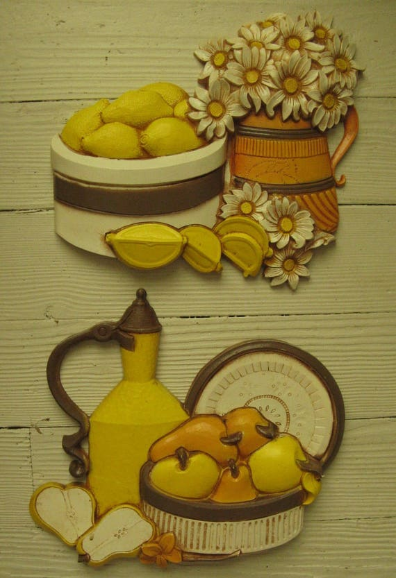 syroco wall plaques homeco kitchen plaques 1981 kitchen kitsch