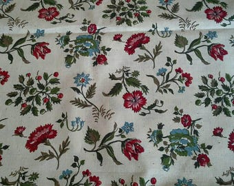 Floral Print on White Vintage Fabric Heavy Cotton 4 yards X1169