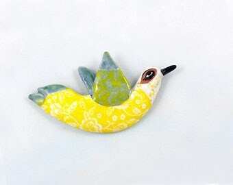 Ceramic Wall Bird | Clay Bird | Ceramic Art | Animal Art | Ceramic Animals | Birder Gift | Bird Hanging | Wall Art | Ceramic Bird | Bird Art