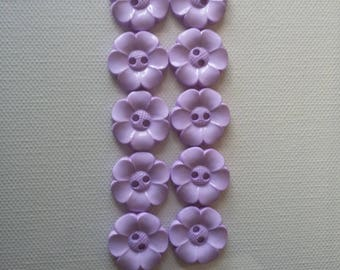 SALE Lot of 10 Flower Buttons - 1 Inch- Lilac  WAS 4.50 NOW 3.50