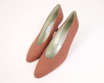 VINTAGE Dusty Rose Heels 1990s Pumps Size 8