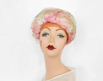 Pink flowered hat, vintage 1960s, velvet bow