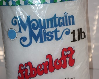 Mountain Mist Polyester Fiberfill 16 oz Bag