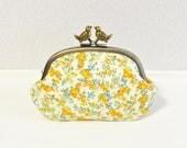 Liberty novelty frame coin purse with birds - Moon moth -