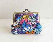 """Frame purse - Liberty """"Small painter's meadow"""" floral coin purse"""
