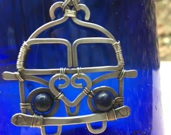 """VW Bus Splity Sterling Silver Filled Wire Wrap Pendant & Blue Lapis Beads 20"""" Necklace"""