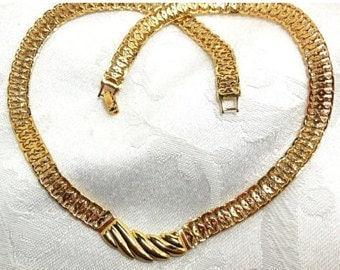Vintage MONET Gold Necklace wide Chain Statement Pendant Choker Modern Denim to Dress