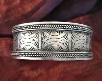 SILVER Berber Filigree decorated Bracelet wth beautiful geometrical patterns (stamped silver)