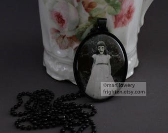Witch Art Jewelry, Witch Pendant, Halloween Jewelry, Halloween Pendant, Creepy Necklace, Creepy Jewelry, Black and White, Creepy Art