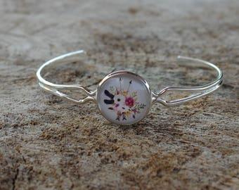Bracelet petite merveille fleur rose // fait au quebec