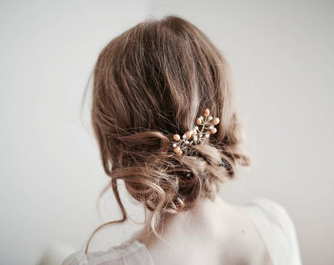 Gold Hair Pins, Bridal Hair Pins, Wedding Hair Pins, Pearl Hair Pins, Bridal Party Hair, Bridesmaid Hair Pins, Pearl Headpiece