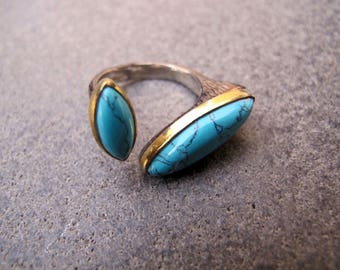 Turquoise Sterling Silver and 9 carats Gold Adjustable Ring