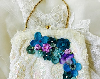 Vintage Cream Beaded and Sequinned Clutch