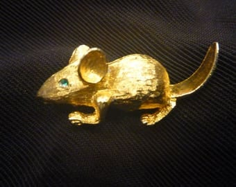 Vintage GOLD Rat with GREEN Eye BROOCH
