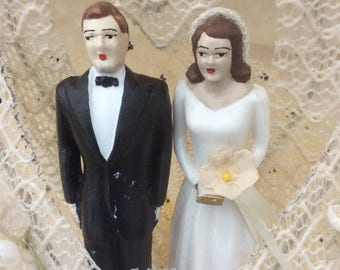 Vintage 1950's wedding cake topper/traditional bride and groom