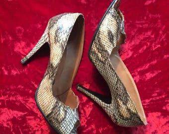 ON SALE Vintage 70s snakeskin stilettos high heel shoes Pumps