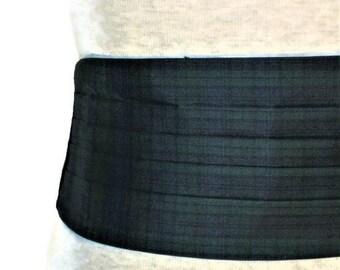 Tartan Cummerbund, Blue Green Cummerbund, Scottish Cummerbund, Plaid Cummerbund, Mens Formal Wear Tux Cummerbund Tux Accessory