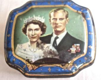 Queen Elizabeth and Prince Phillip Duke of Edinburgh Tea Tin Coronation
