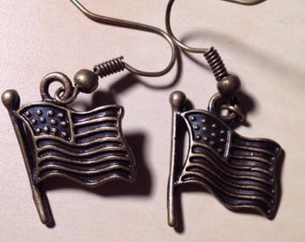 Alloy Metal American Flag Dangle Earrings for Pierced Ears