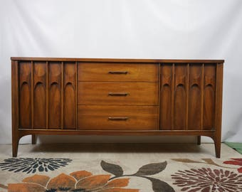 Kent Coffey style Broyhill Brasilia sideboard / Mid Century Modern buffet / Mid Century furniture / MCM credenza