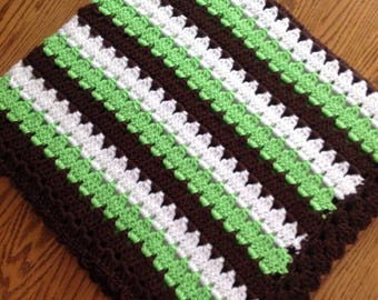 New crocheted baby afghan