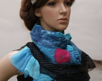 "Mini shawl, made from felt and silk black, blue and fuchsia ""under a summer sky"""