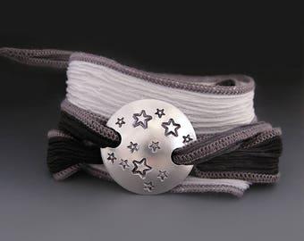 Silk Wrap Bracelet with Stars / Starry Night Bracelet / Custom Silk Wrap Bracelet / Gifts for Her / Gifts for Teens / Night Sky Bracelet