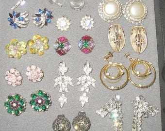 15 Pairs Vintage Rhinestones Or Glass Fashion Earrings 1940's-60's Signed Germany Coro Lisner Jewelry Lot A37