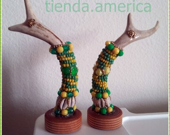Santeria Yoruba. Beaded Deer Antler for IFA .Tarros  devenado para Orula Orisha.