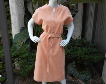 Vintage 1970's Mollie Parnis Peach Ultrasuede Belted Dress - Size 10
