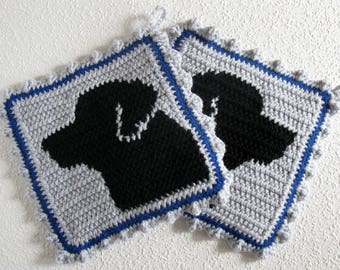 Labrador Retriever Pot Holder Set.  Black Lab silhouette crochet potholders.  Labrador gift