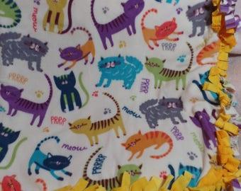 "Playful Cat Fleece Quilt Blanket Throw 61"" x 64"""