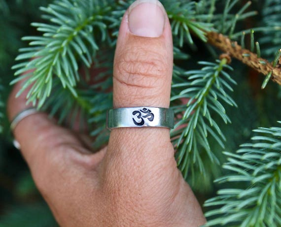 Boho Ring, Aum Ohm Thumb Ring, Be Here Now, Yoga Jewelry, Aum Ohm Adjustable Ring, Men or Women, Ohm Ring, Large Boho Ring, Aum Ohm Yoga