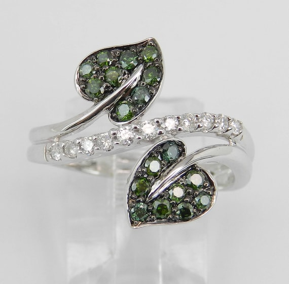 White and Green Diamond Bypass Leaf Ring Cocktail Cluster Band Gold Size 7